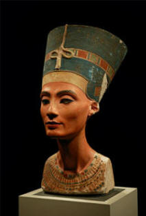 Nefertiti bust now in Berlin museum